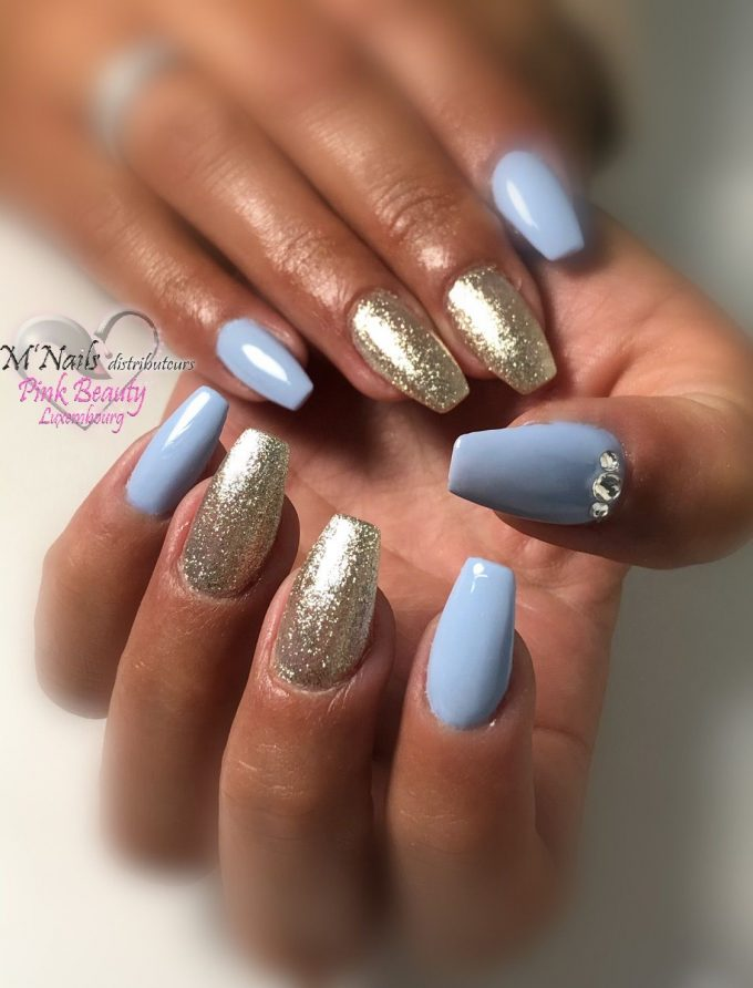 Bleu et Paillettes